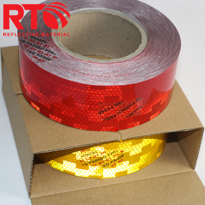 EC MARK 104 R reflective tape