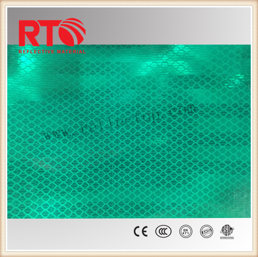 reflective sheeting for traffic