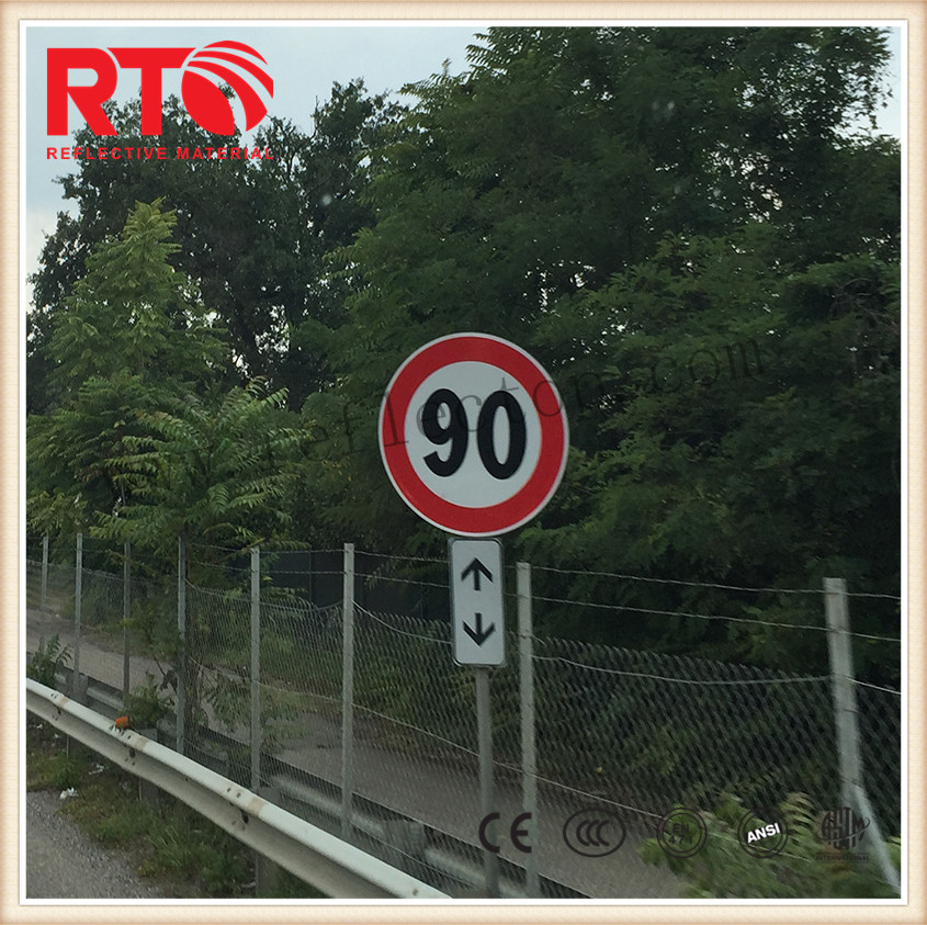 PET type reflective film for road signs