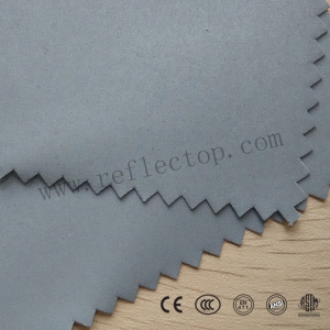 Elastic reflective fabric for sport wear